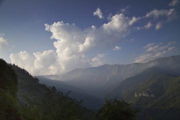 Triora (Imperia), Panorama sulle montagne