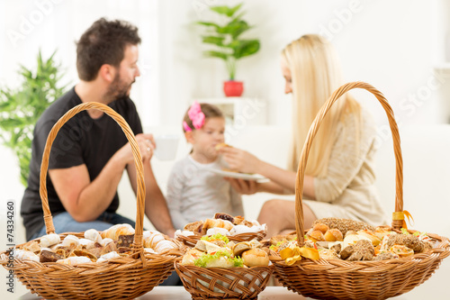 Pastry For Happy Family - 74334260