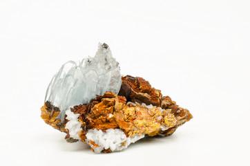 grosse Baryt-Kristalle auf Limonit