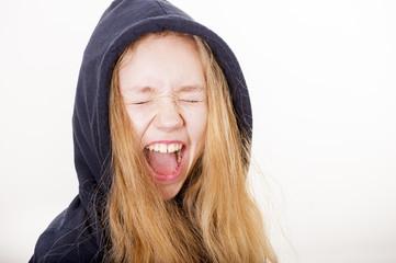 Mädchen schreit