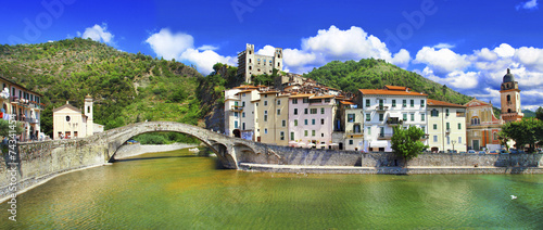 Papiers peints Ligurie medieval villages of Italy- Dolceacqua, Liguria