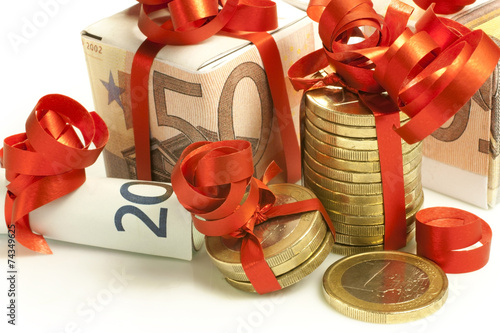 Christmas bonus - 74349625