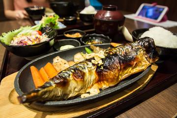 grilled fish, saba shioyaki