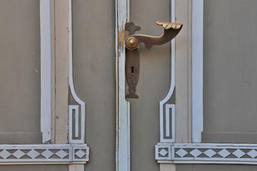 Türgriff an Holztür