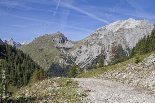 canvas print picture Im Karwendelgebirge