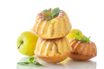sweet apple muffins