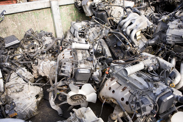 自動車の解体部品