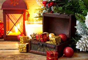 Magic Chest Full of Gifts, Christmas Setting