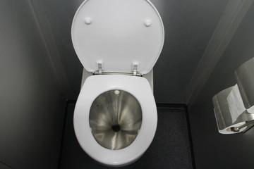 Toilette im Zug
