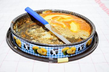 Torta della nonna, torta al limone, torta tagliata, fetta torta