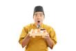 驚いた表情の寿司職人
