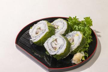 サバ寿司・太巻き・日本料理