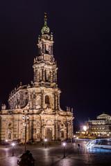 Dresdner Hofkirche am Abend