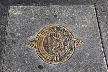 plaque au sol du Marina de Berkeley, Californie