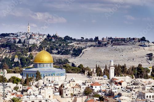 Jerusalem old sity view - 74426095