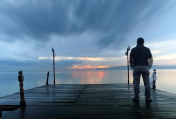 Deniz Kıyısı ve Adam