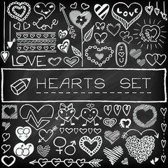 Doodle set of hearts and arrows