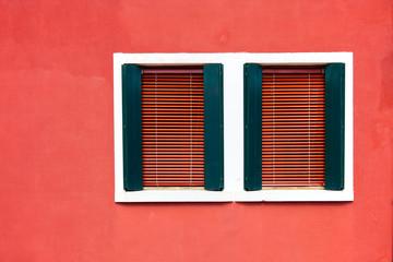 dos ventanas de Burano
