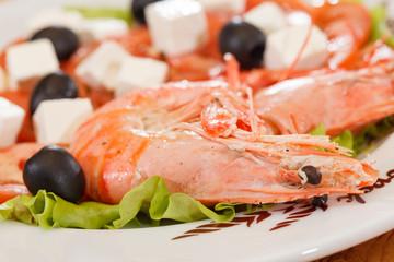 shrimps with greek salad