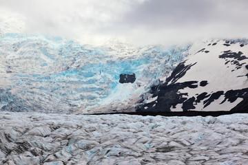 The huge Vatnajokull glacier