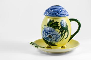 Tazza da collezione con fiori