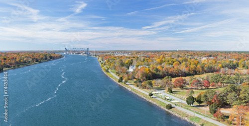 Foto op Canvas Natuur Park Cape Cod Canal on an Autumn day
