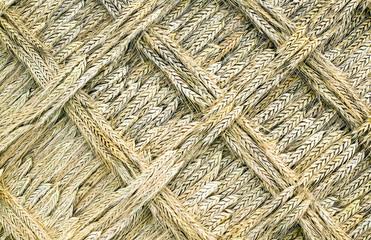A golden wead weave art