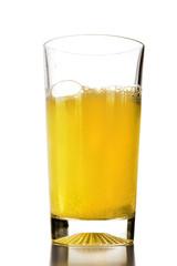 bibita frizzante gialla