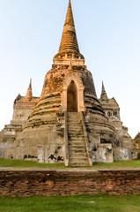 ワット・プラシーサンペットの仏塔 正面