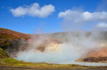 Исландия, Ландманналёйгар, геотермальные источники