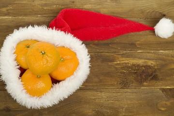 мандарины в шапке