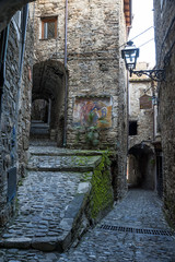 Strada medioevale