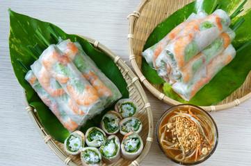 Vietnamese food, goi cuon, salad roll