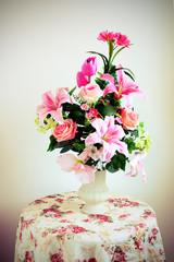 flower bouquet arrangement in vase