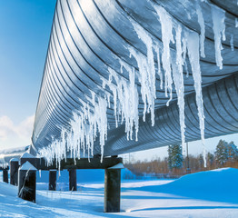 Icicles on a pipe pipeline