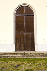 door italy  lombardy     in  the milano old   church   grass