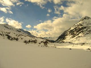 Bahntrasse im Schnee