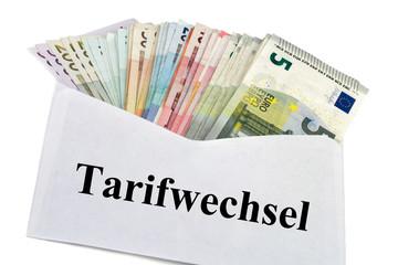 Geldscheine im Briefumschlag - Tarifwechsel