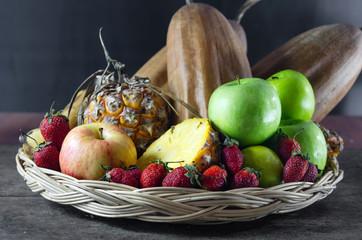 still lfe of mix fruits