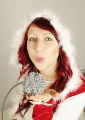 Weihnachtsfrau 2