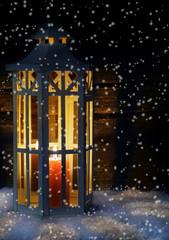 Laterne im Schneegestöber