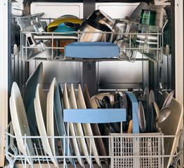 dishwasher with dirty dishes