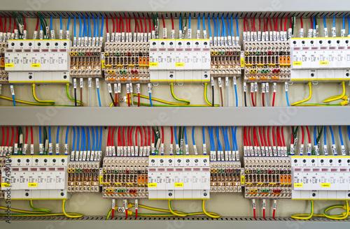 Leinwanddruck Bild Electrical terminals and wires closeup