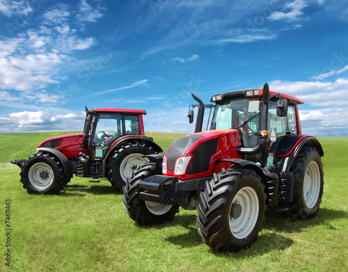 Tractor - 74611463