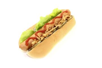 Hot dog mit Röstzwiebeln und Ketchup