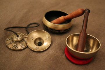 Tingsha and singing bowl