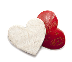 coeurs rouge et blanc en bois