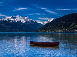Boot im Zeller See bei Zell am See