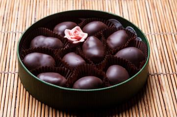 Cioccolatini in un contenitore