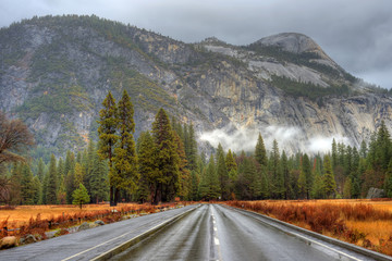 Yosemite Valley Highway
